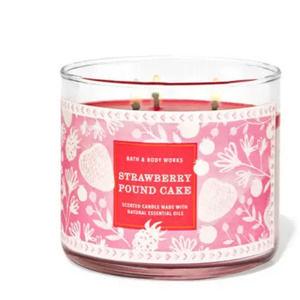 BBW Strawberry Pound Cake Candle